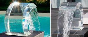 cascada para piscina transparente