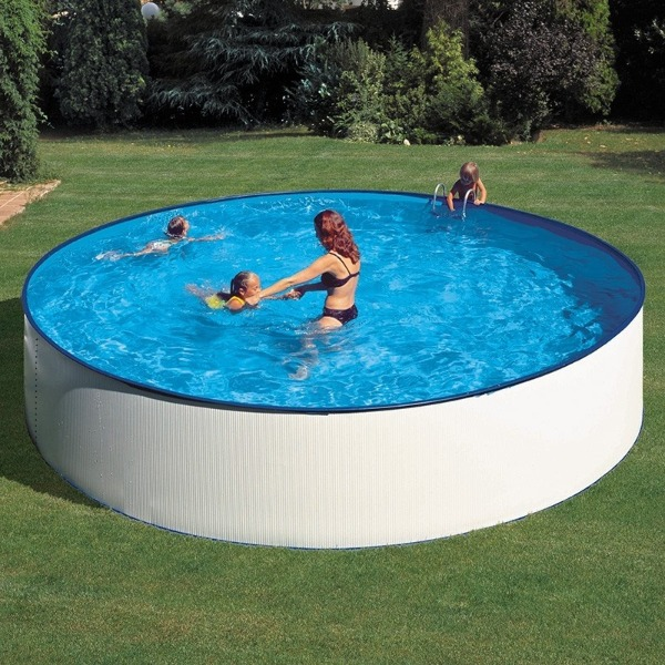 piscina elevada semienterrada
